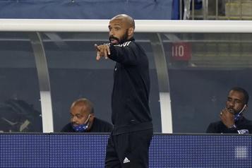 Angleterre Bournemouth écarte Thierry Henry pour cette saison)