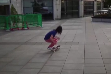 Incroyable mais vrai : le skate à la mode Yamamoto)