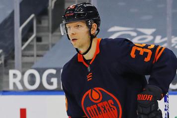 Oilers Le mandat différent d'Alex Chiasson sur l'avantage numérique)