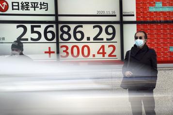 Les Bourses asiatiques portées par des indicateurs positifs)