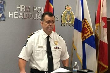 Halifax: trois policiers soupçonnés de crimes