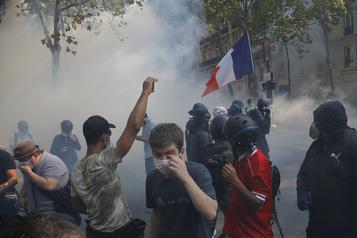 L'«acharnement judiciaire» contre les manifestants en France dénoncé par Amnistie)