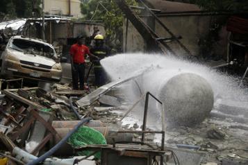 Nigeria L'explosion d'un camion-citernefait cinq morts et 13blessés)
