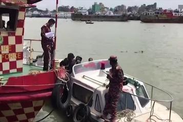 Bangladesh: au moins 30morts dans le naufrage d'un traversier)
