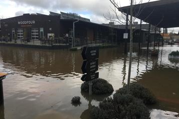Inondations et dommages causés par les rivières atmosphériques dans l'Ouest américain