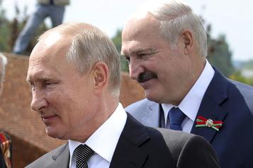 Poutine assure ne pas vouloir déstabiliser la Biélorussie avant la présidentielle)
