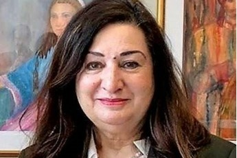 Une sénatrice est inondée d'appels d'Afghans désespérés)