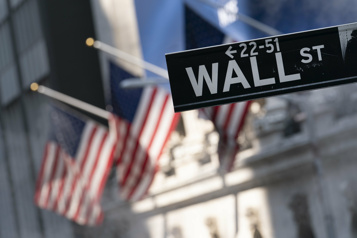 Wall Street termine en ordre dispersé après un timide rebond)
