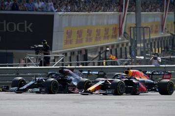 Formule 1 Lewis Hamilton et Max Verstappen pimentent la course au titre)
