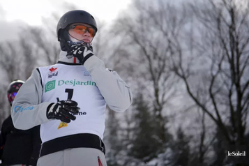 Ski acrobatique Lewis Irving veut reprendre là où il a laissé en mars)