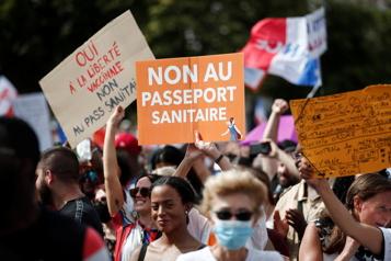 Mouvement «anti-pass sanitaire» Les nouveaux gilets jaunes? )