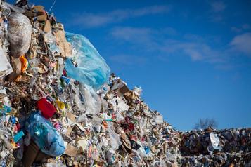 Explosion des prix demandés pour le tri des matières recyclables