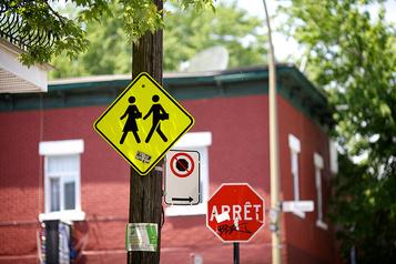 Des brigadiers scolaires de Québec vont manifester lundi