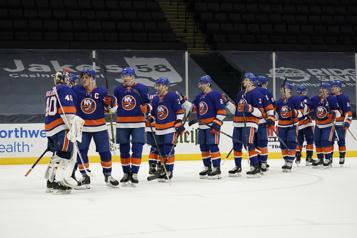 Les Islanders ont le dessus sur les Devils4-1)
