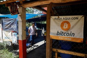 Le Salvador légalise le bitcoin)