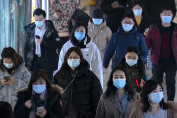 Le bilan de la pandémie dans le monde: plus de 2549000 morts)