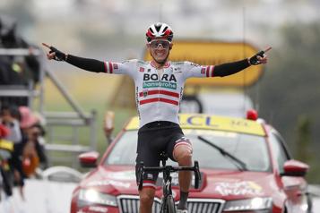 Tour de France Patrick Konrad remporte la 16e étape en solitaire)