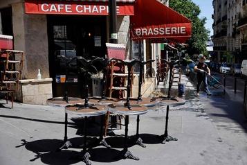 À Paris, les terrasses pourront s'étendre sur les trottoirs et même les rues)