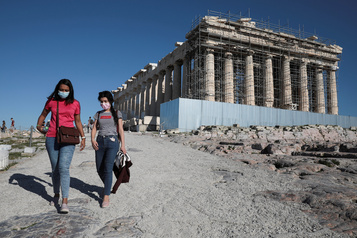 La Grèce ferme la majeure partie de ses commerces et de ses sites archéologiques
