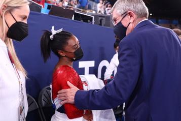 Gymnastique Simone Biles est «courageuse», selon Thomas Bach)