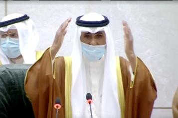 Après le décès de cheikh Sabah, le Koweït intronise son nouvel émir)