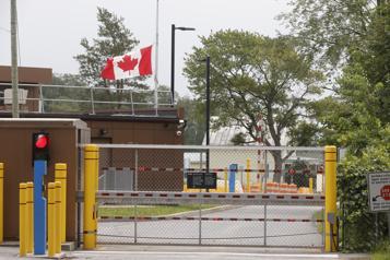 Réouverture de la frontière canado-américaine Ottawa maintient le cap malgré la hausse des cas aux États-Unis)
