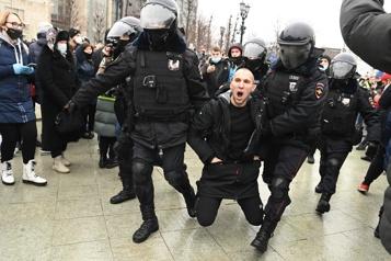 Russie Plus de 1000arrestations lors de manifestations soutenant Navalny)