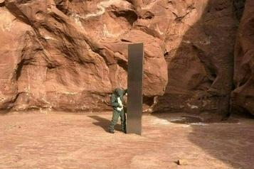 Utah Un mystérieux «monolithede métal» dans le désert alimente les fantasmes)