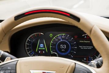 Conduite semi-autonome: l'IIHS appelle à un meilleurencadrement des conducteurs