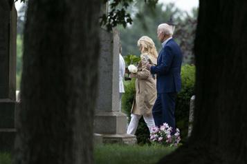 Joe Biden privé d'hostie?  «Tout cela n'est que du théâtre» )