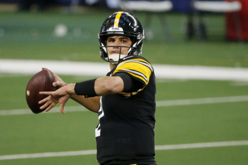 Steelers de Pittsburgh Mason Rudolph signe une prolongation de contrat)
