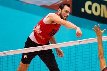 Volleyball La Pologne défait le Canada en trois manches)