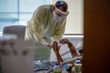 Un an de pandémie Hôpital général juif: d'une relâche à l'autre)
