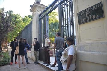 Liberté d'expression Le gouvernement cubain entreprend un dialogue avec de jeunes artistes)