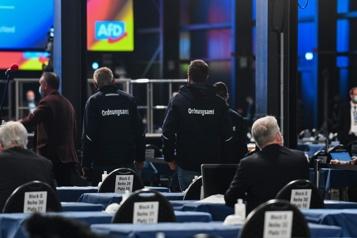 L'extrême droite allemande menacée d'une mise sous surveillance policière)