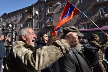 Arménie Des milliers de manifestants d'opposition à nouveau dans la rue )