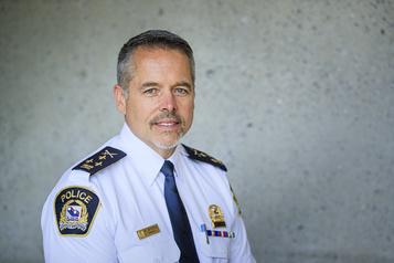 Laval lance une consultation pour lutter contre le «profilage racial et social» )