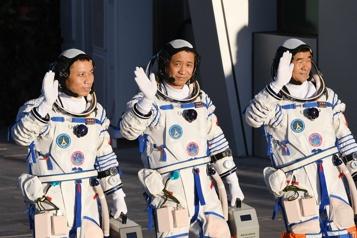 MissionShenzhou-12 Les premiers astronautes de la station chinoise de retour sur Terre)
