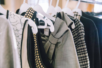 RELUXE: des vêtements griffés offerts au magasin Le Chaînon)