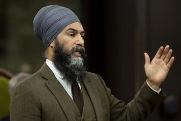 Singh souffle le chaud et le froid sur des propositions des membres du NPD)