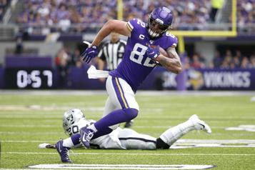 NFL Les Vikings libèrent le vétéran Kyle Rudolph)