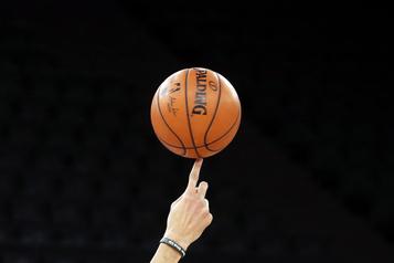 Trois autres clubs de la NBA peuvent s'entraîner)
