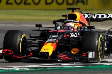 GrandPrix de Grande-Bretagne Max Verstappen gagne la toute première course qualificative)