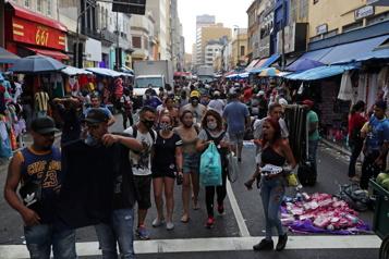 COVID-19 Pire taux de mortalité des Amériques pour le Brésil)
