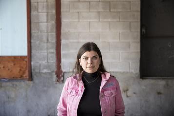 Littérature québécoise Le fait divers accordé au féminin)