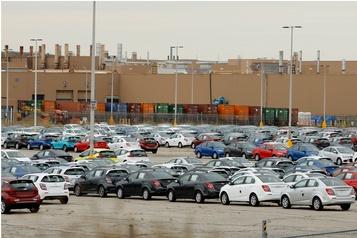 Les ventes de voitures en baisse de 75% au Canada)