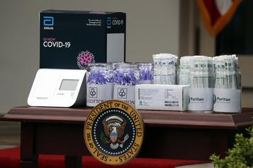 Un testCOVID-19 rapide vanté par Trump produirait beaucoup de faux négatifs)