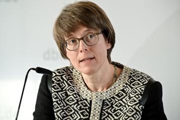 Place des femmes dans l'Église Une femme patronne des évêques allemands )