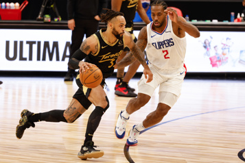 Éliminés des séries, les Raptors perdent 115-96 contre les Clippers)