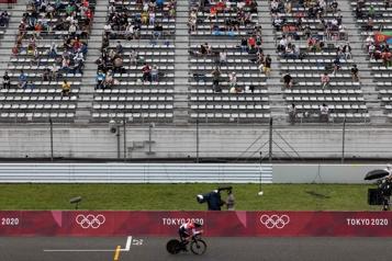 Jeux de Tokyo Gradins clairsemés dans les rares lieux de compétition ouverts au public)